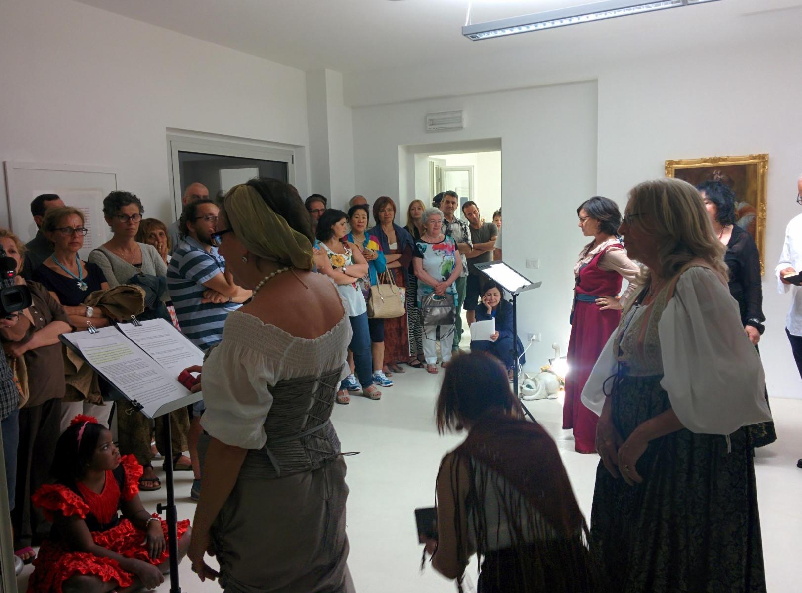 Artemisia-reading-1