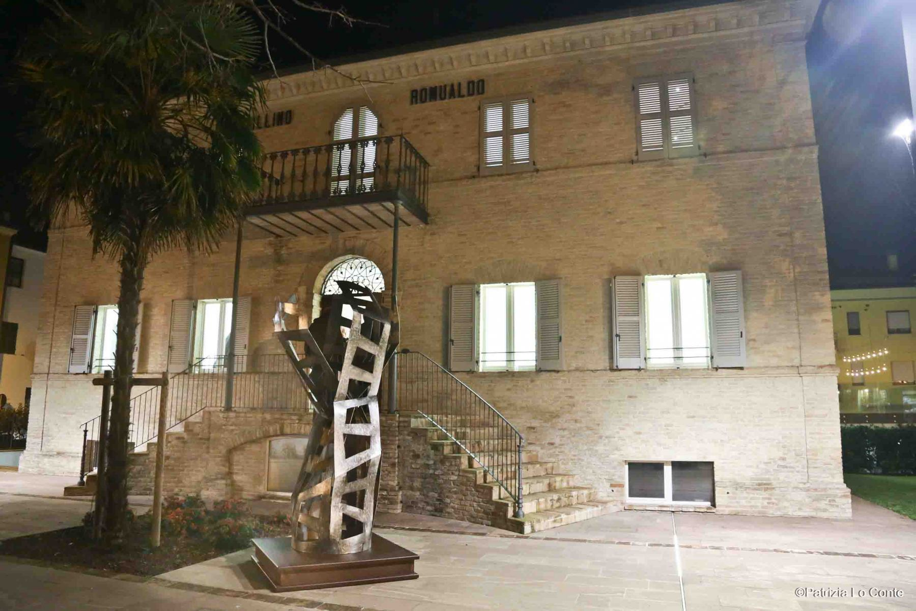 Patrizia-Lo-Conte-Museo-Nori-De-Nobili-Villino-Romualdo-Trecastelli